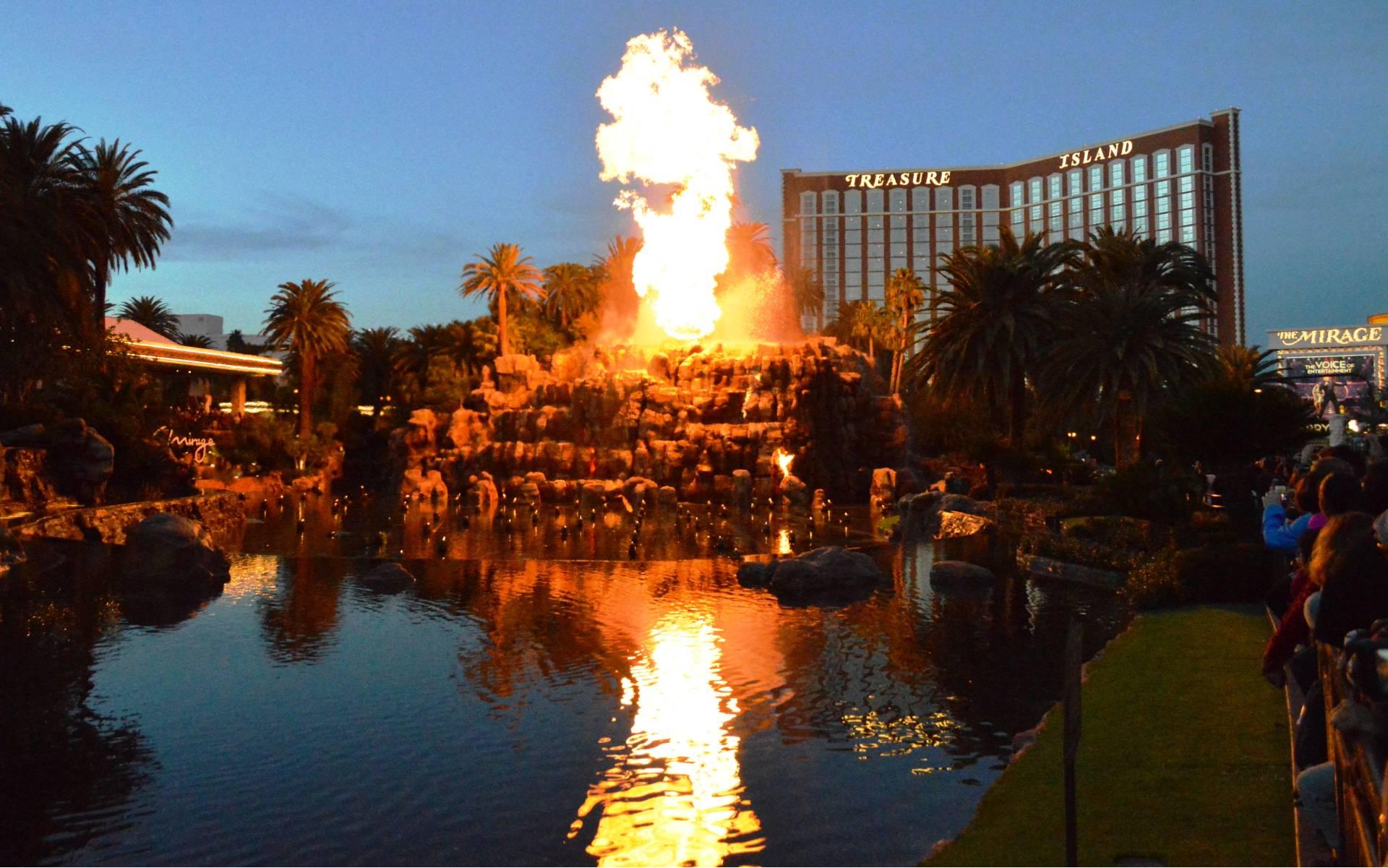 Volcano The Mirage Hotel